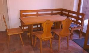 Tisch und Stühle - fertig!